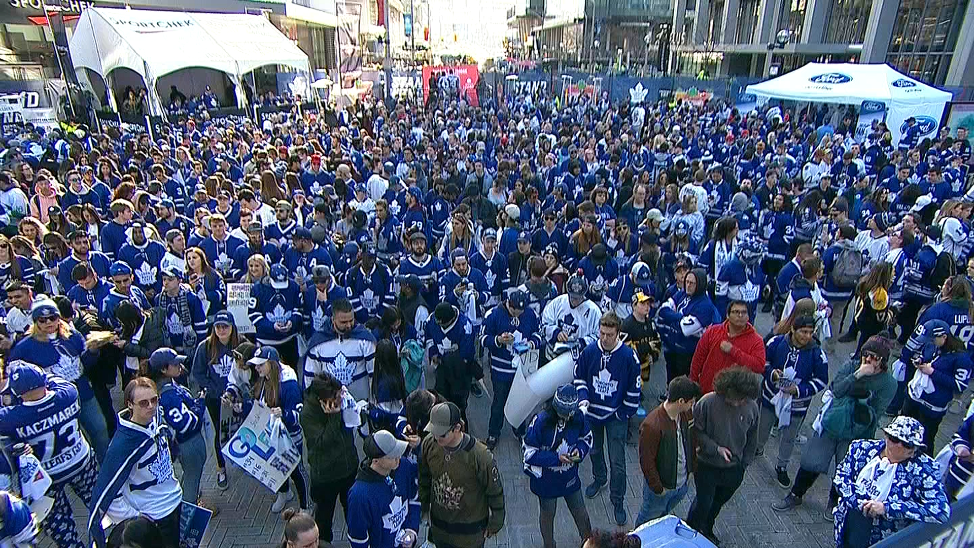 sale retailer a410d bf7d4 Combined tailgate planned for Raptors, Leafs games Tuesday
