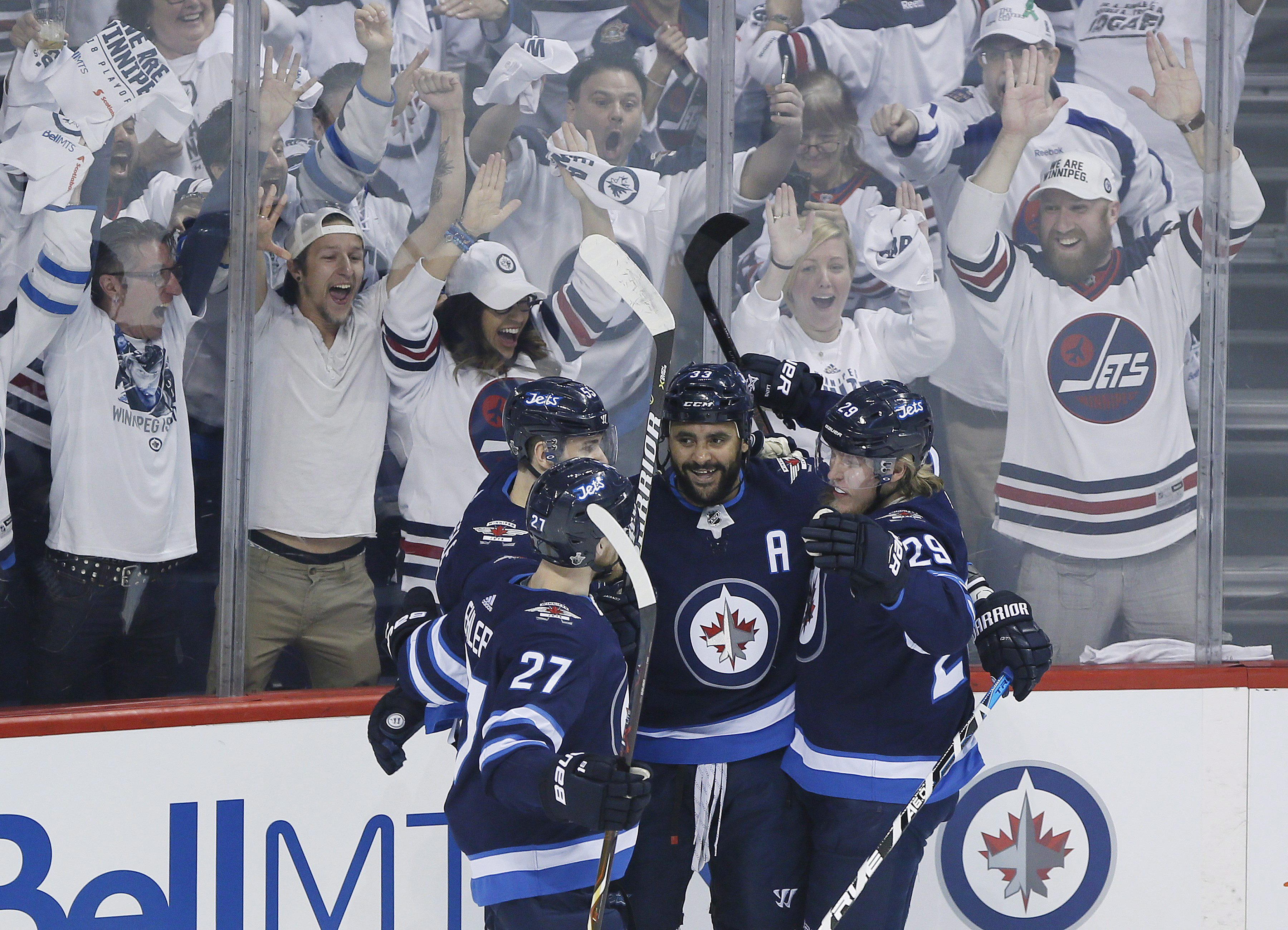 purchase cheap 92970 4c9d5 Winnipeg Jets strike first, down Vegas in Western Conference ...