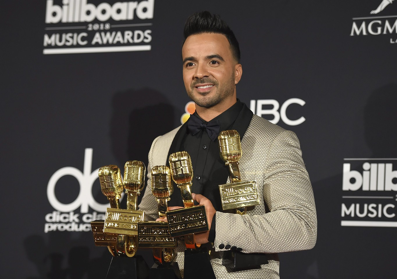 Winners in the top categories at Billboard Music Awards