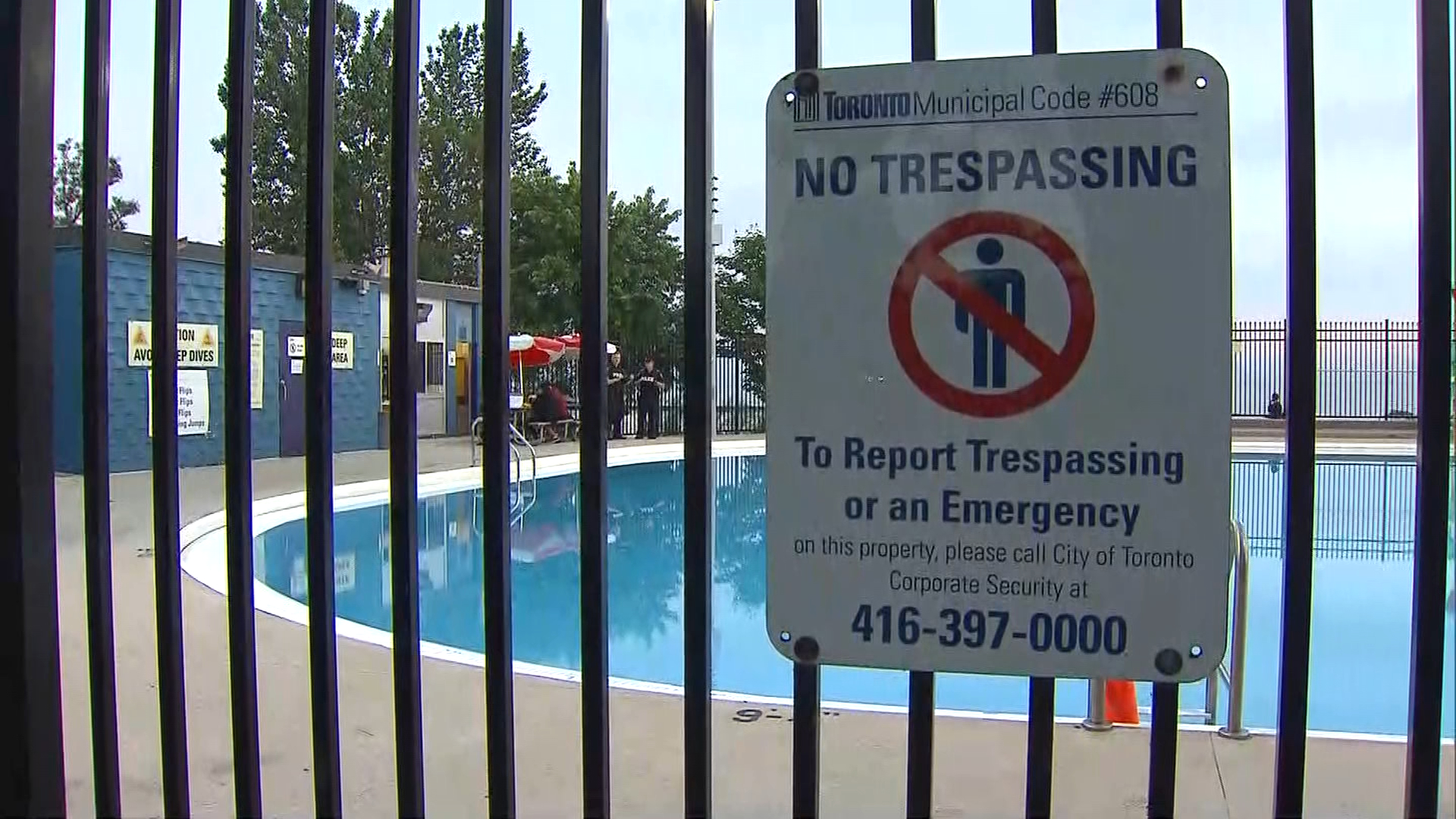 Teenager in hospital after incident at Sunnyside Park pool