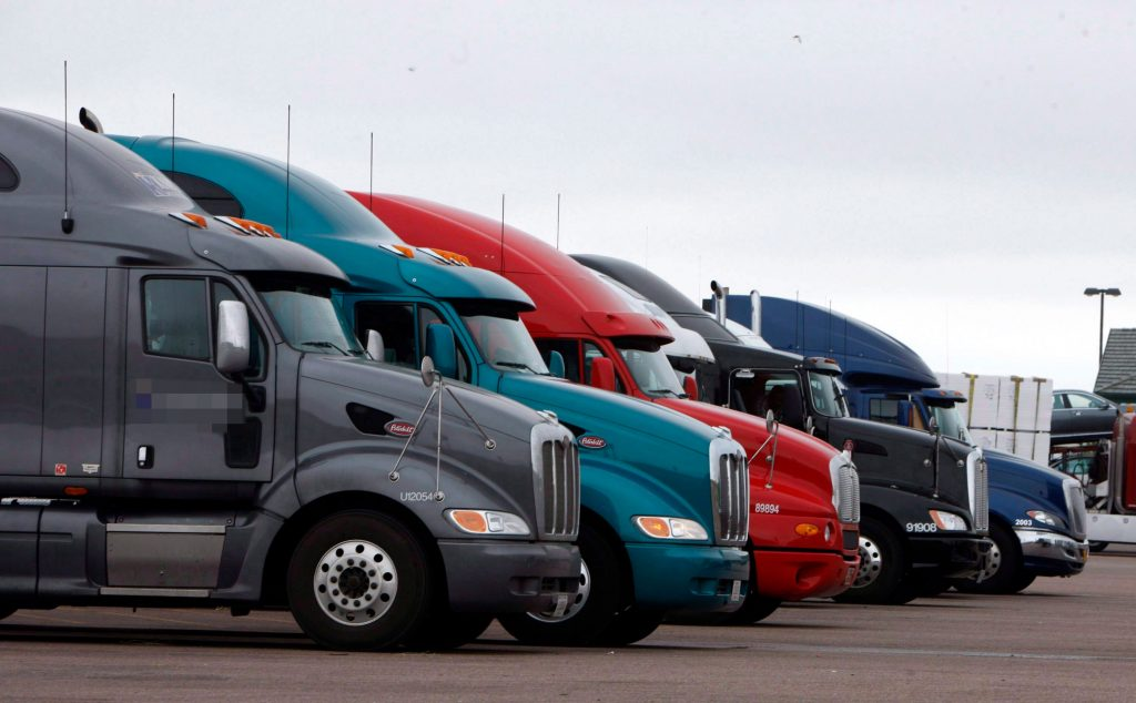 Feds to announce new measure to combat truck driver fatigue