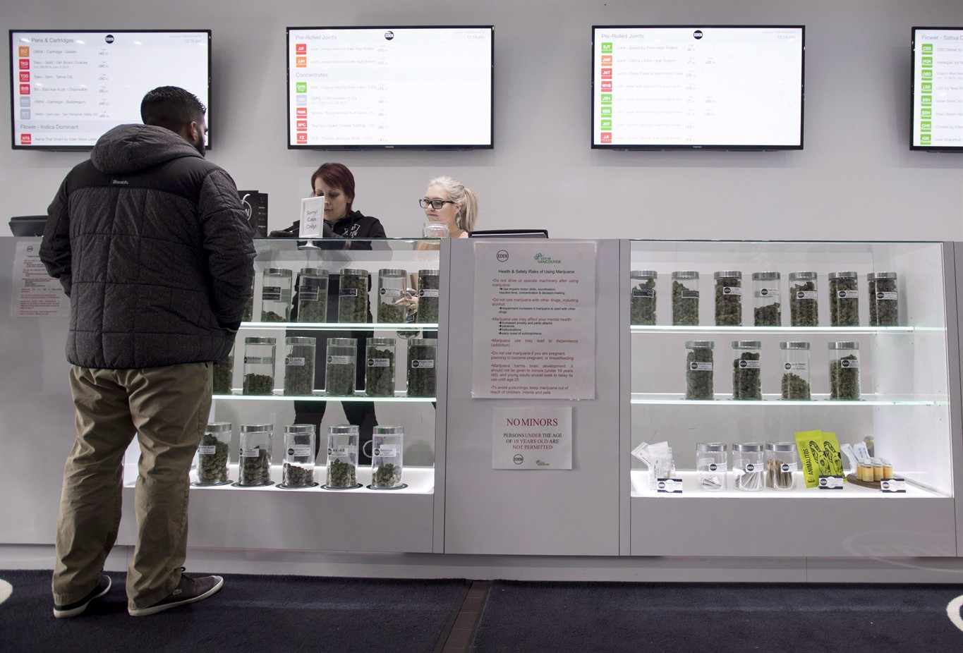 Ontario Announces Regulations for Incoming Cannabis Stores