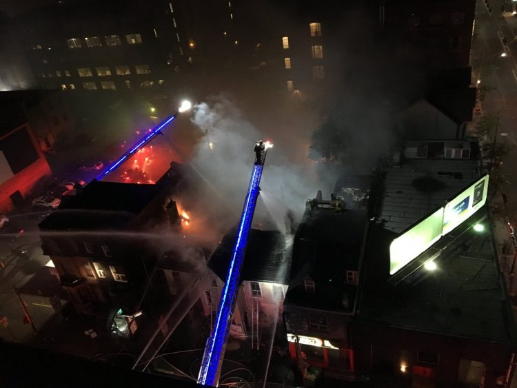 Fire destroys abandoned building in the Entertainment District