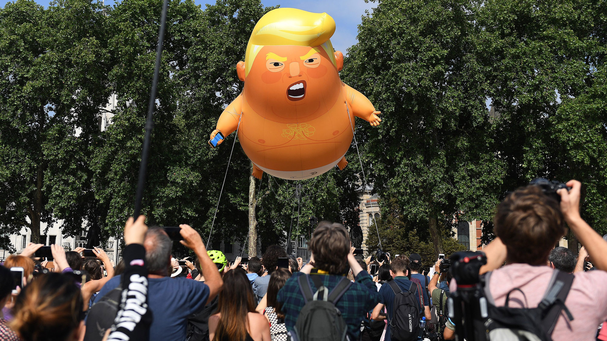 Brits protest Trump on his visit to UK