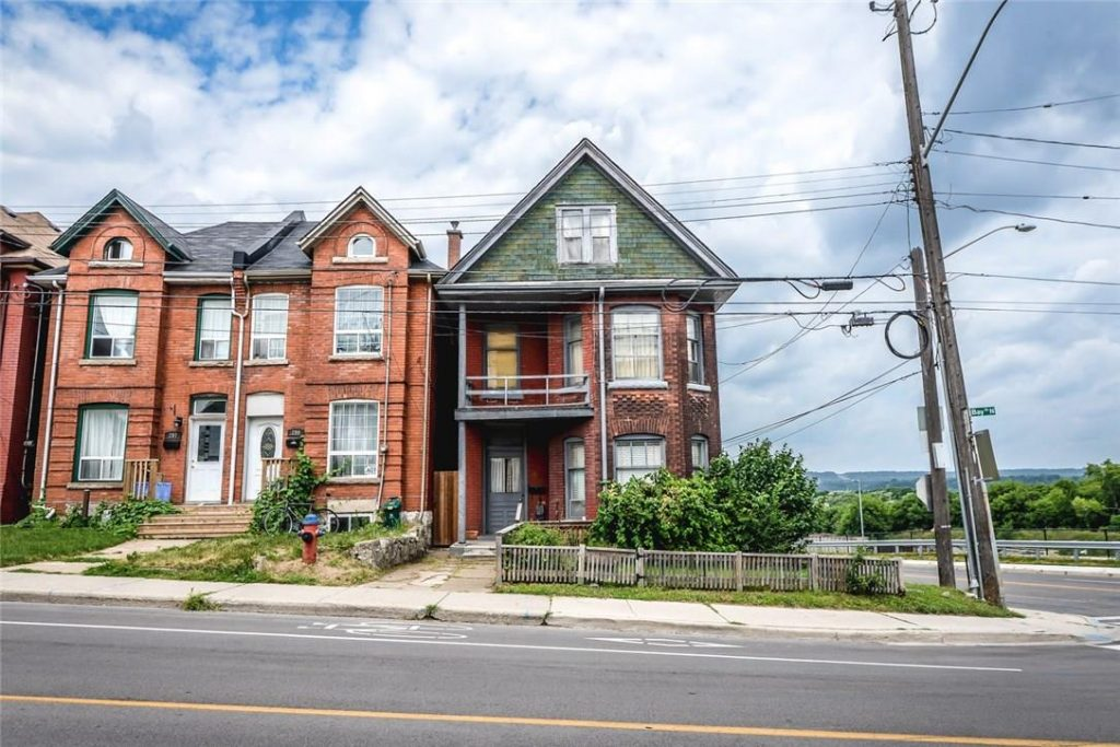 Image of a Hamilton home that is for sale, Aug. 23, 2018. Image credit: realtor.ca