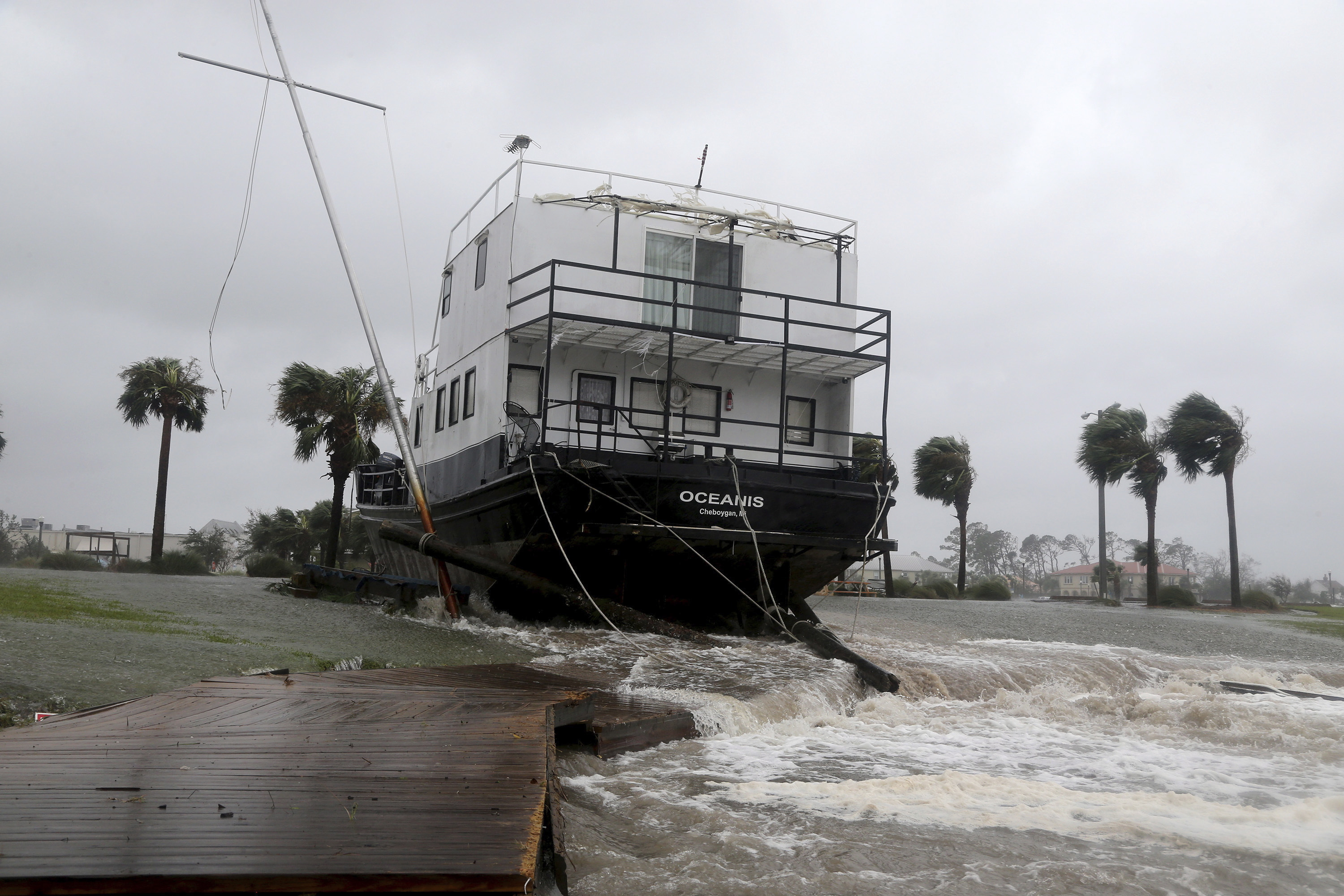 Death Toll From Michael Rises to at Least 13