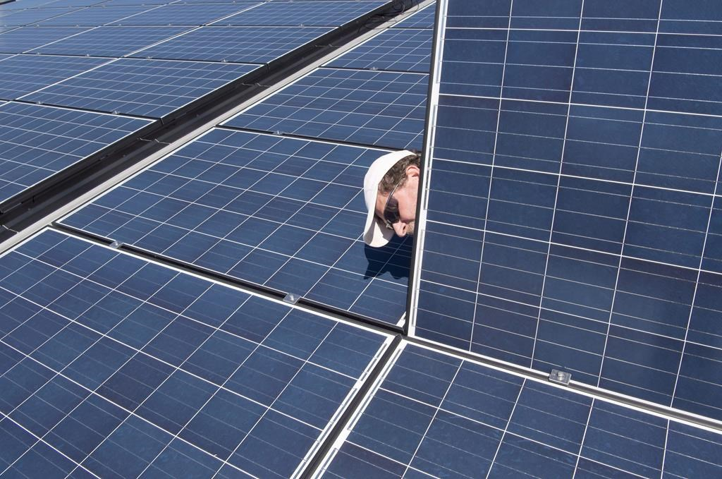 Saskatchewan Pei Best Places To Install Solar Panels On Your Home - How-to-use-solar-power-in-your-home