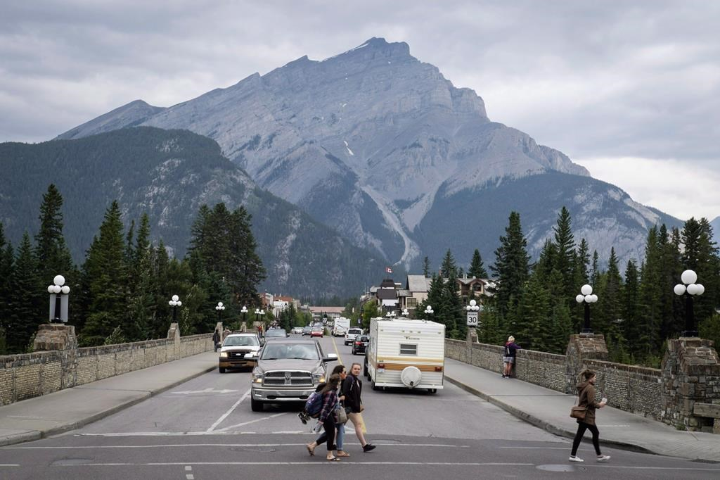 Mountaineers presumed dead in Banff National Park
