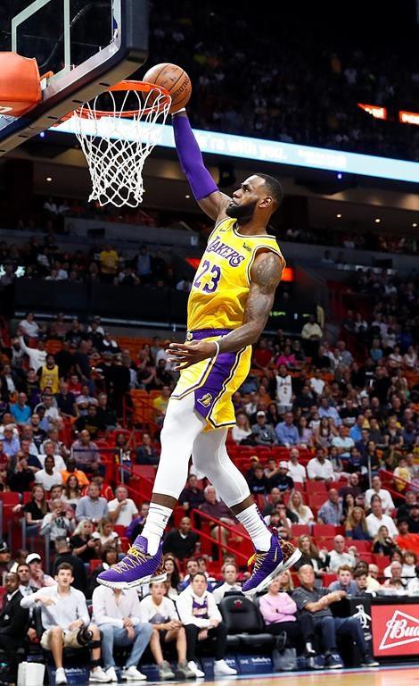 a9948a4a02ffd LeBron James scores 51 points