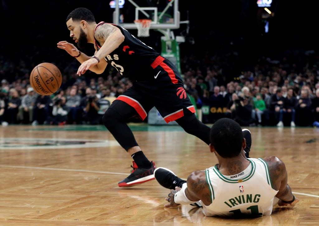 online store 38976 5c2ba Kyrie scores 43, Celtics beat Raptors 123-116 in OT