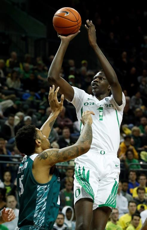 a3080c2082ad Bol Bol leads No. 21 Oregon to 83-72 win over Green Bay