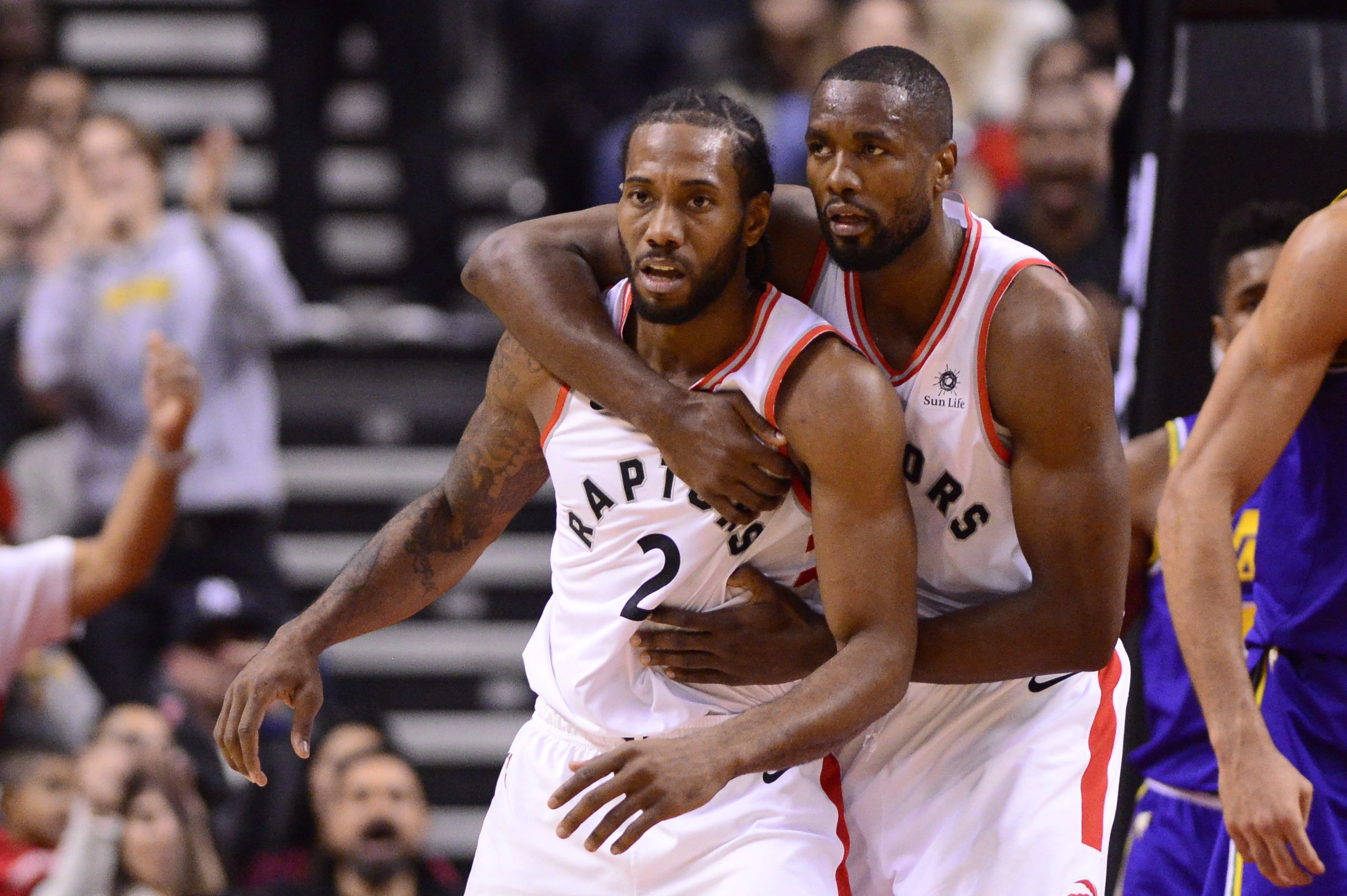 Raptors' Leonard plays it cool before date with Spurs