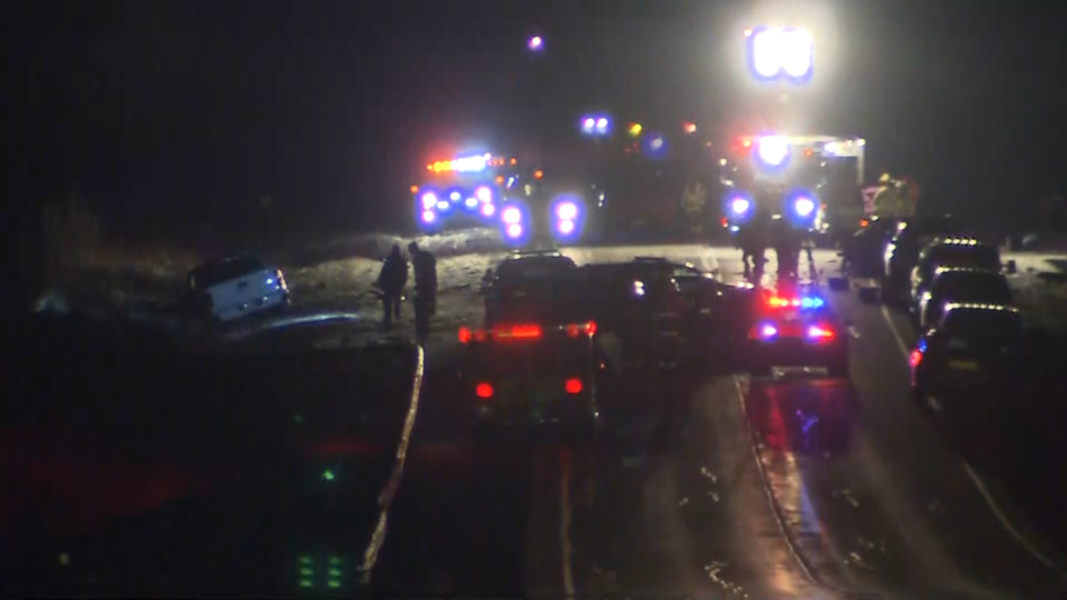 2 people killed in fiery crash on Hwy  9 west of Newmarket