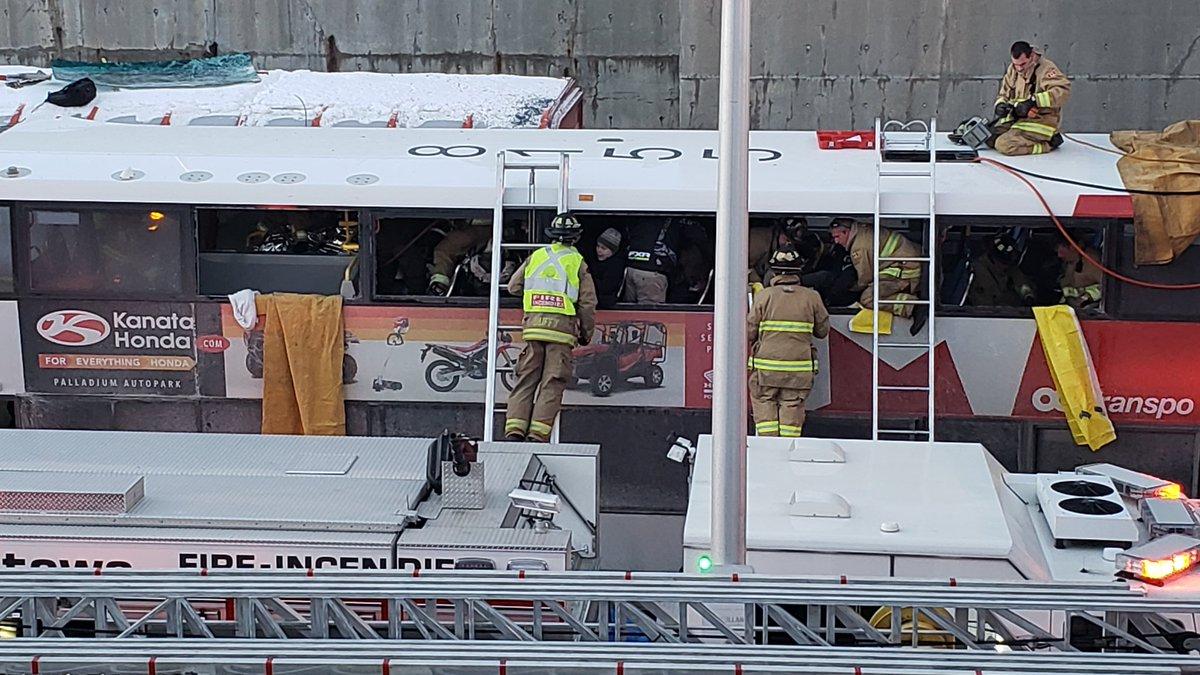 3 dead, 23 hurt in Ottawa double-decker bus crash, driver ...