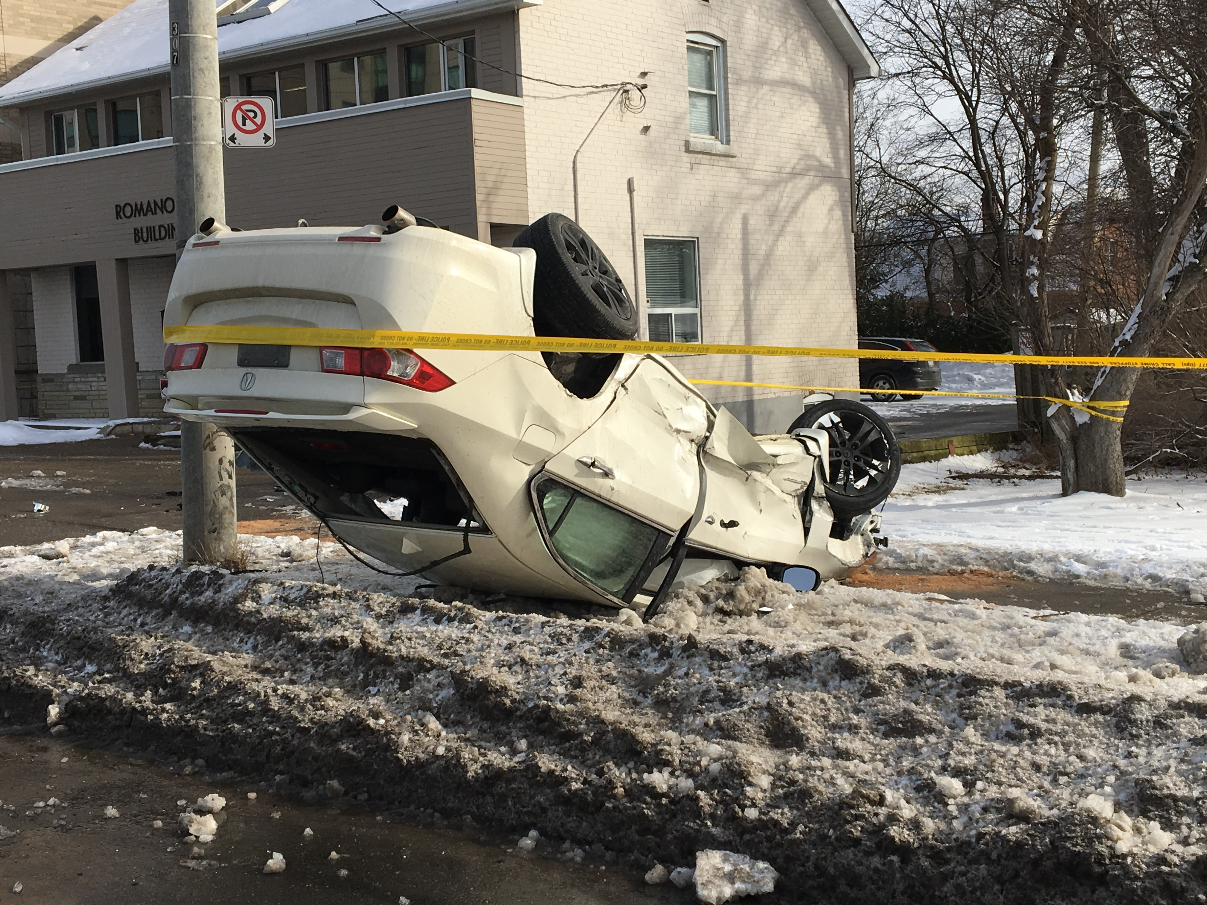 Man seriously injured in car rollover on Sheppard Avenue
