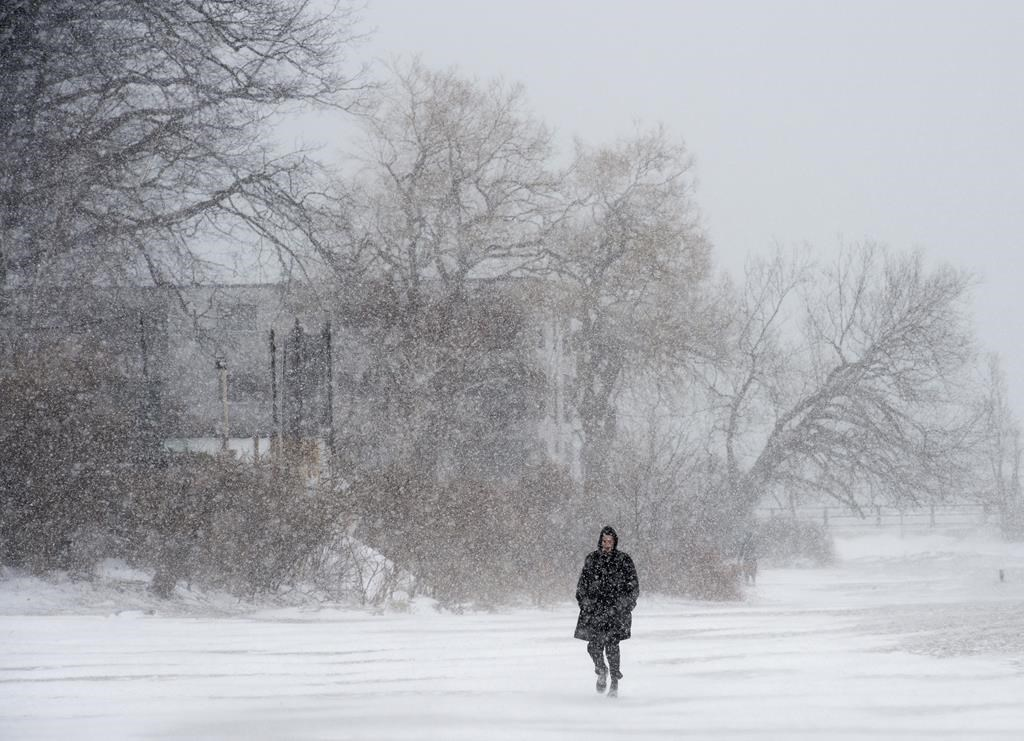 Winter weather advisory issued for snowy Monday, messy commute expected