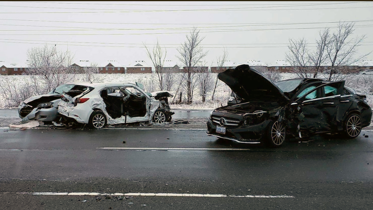 One dead, five injured in multi-vehicle crash in Mississauga