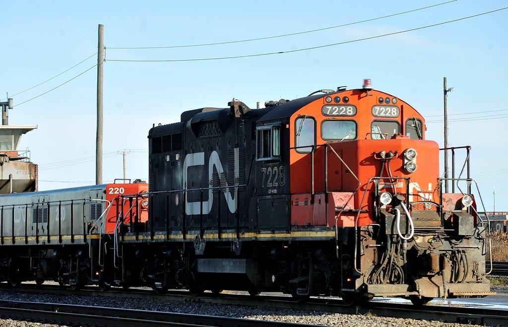 CN train derails in tunnel between Ontario and MI