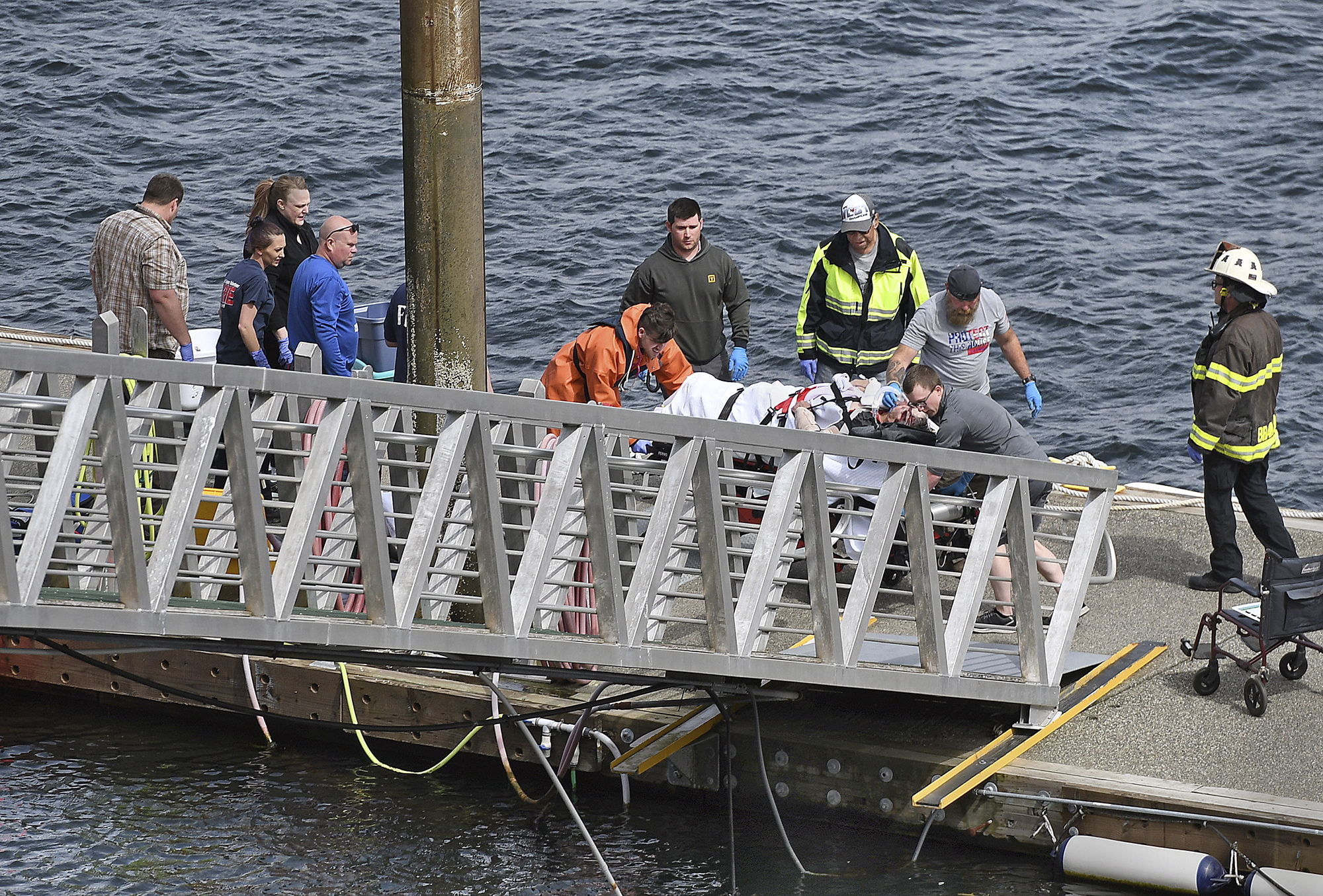 At least six killed in Alaska mid-air floatplane crash