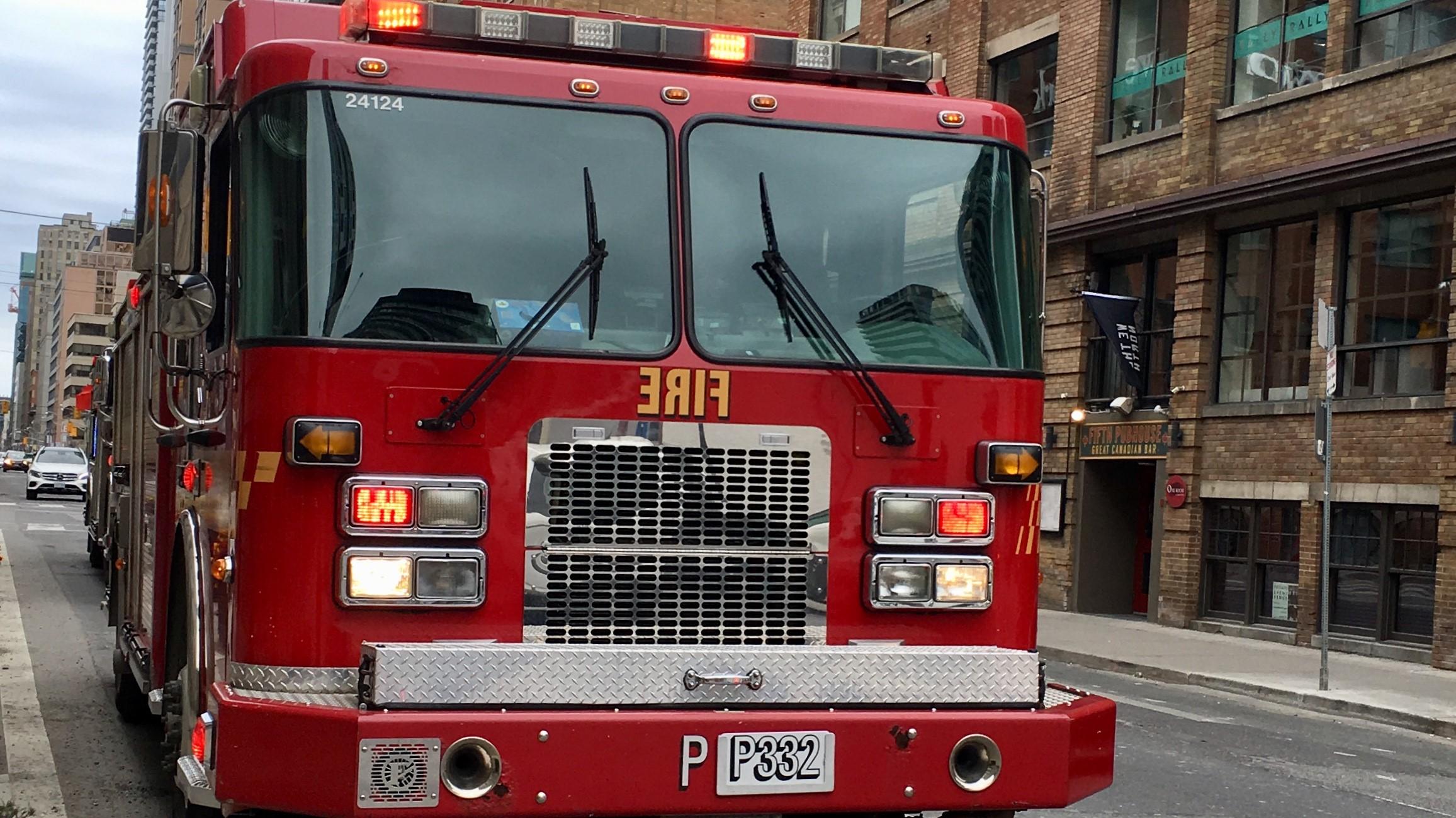 Toronto fire crews battle Parkdale highrise blaze