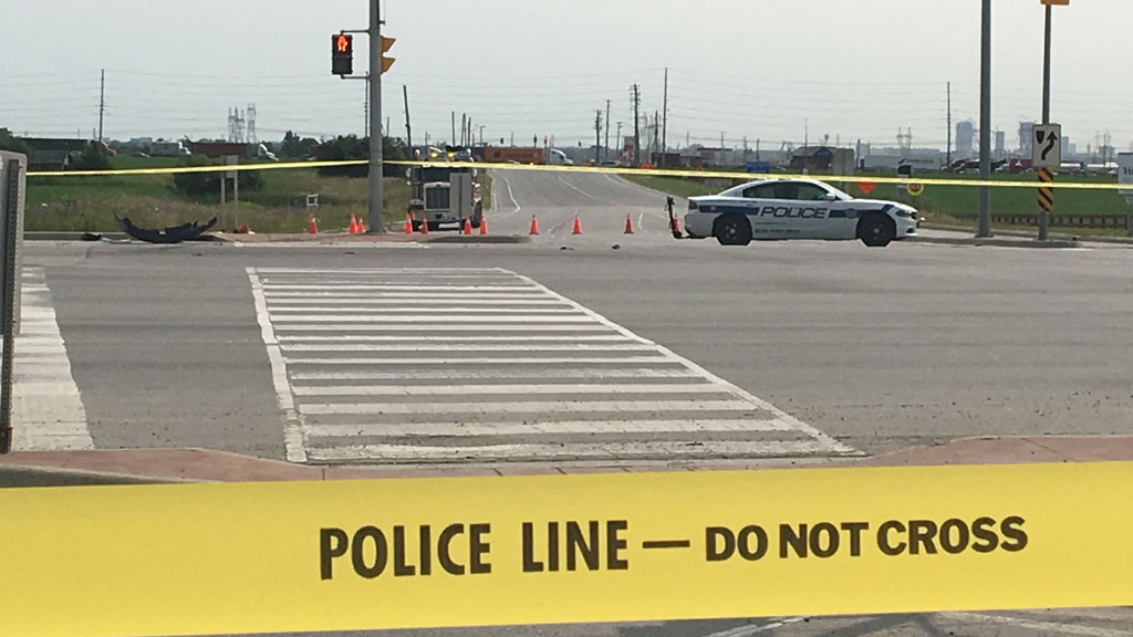 1 dead in crash on Hwy  50 in Brampton