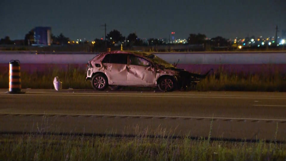 Good Samaritans attacked by driver after Hwy  403 crash in