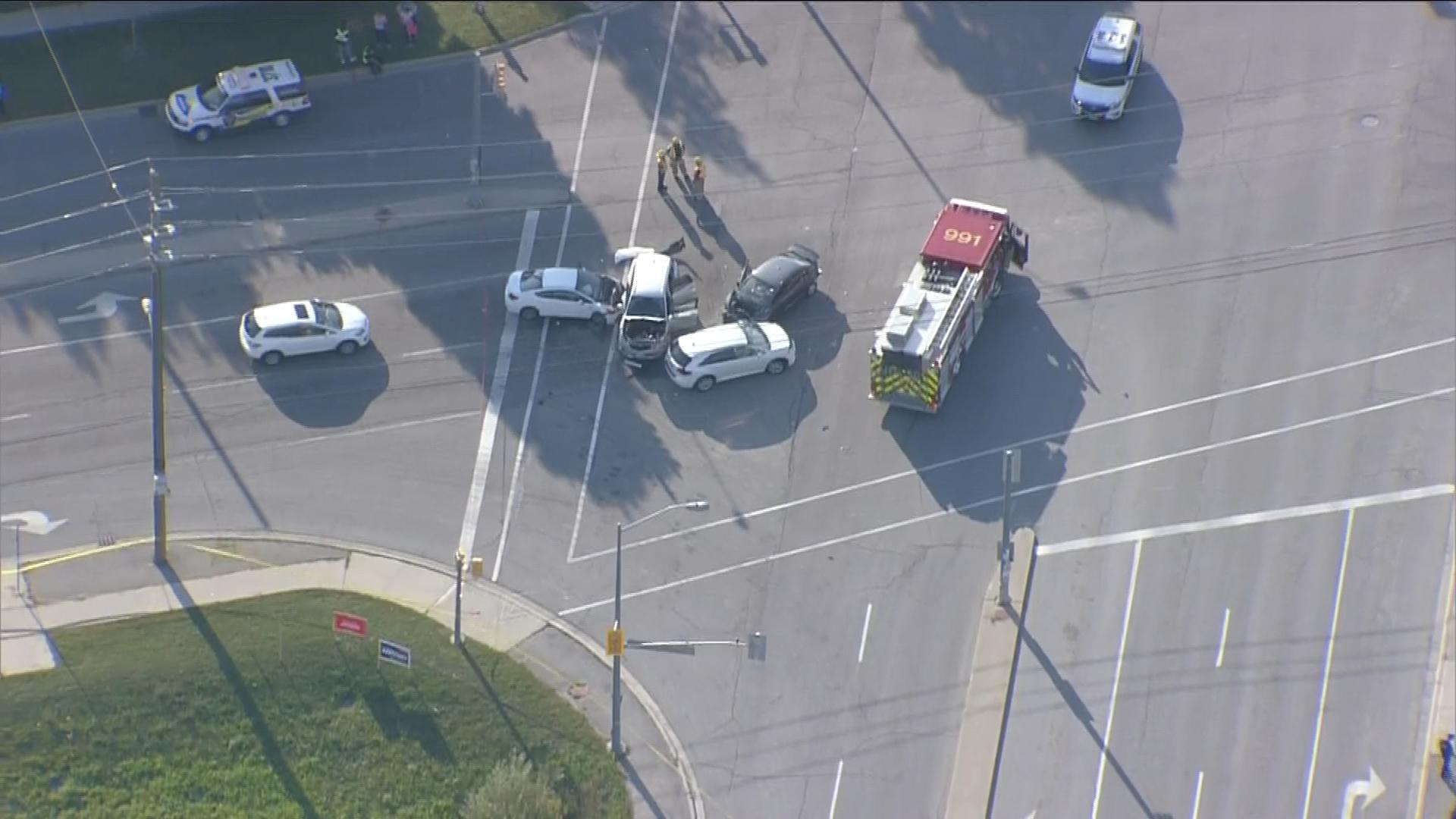 2 seriously injured in multi-vehicle crash in Markham