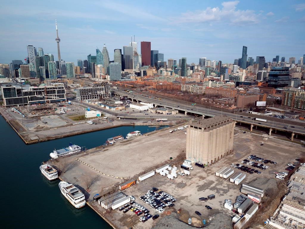 Alphabet's Sidewalk Labs pulls out of Toronto 'smart city' project