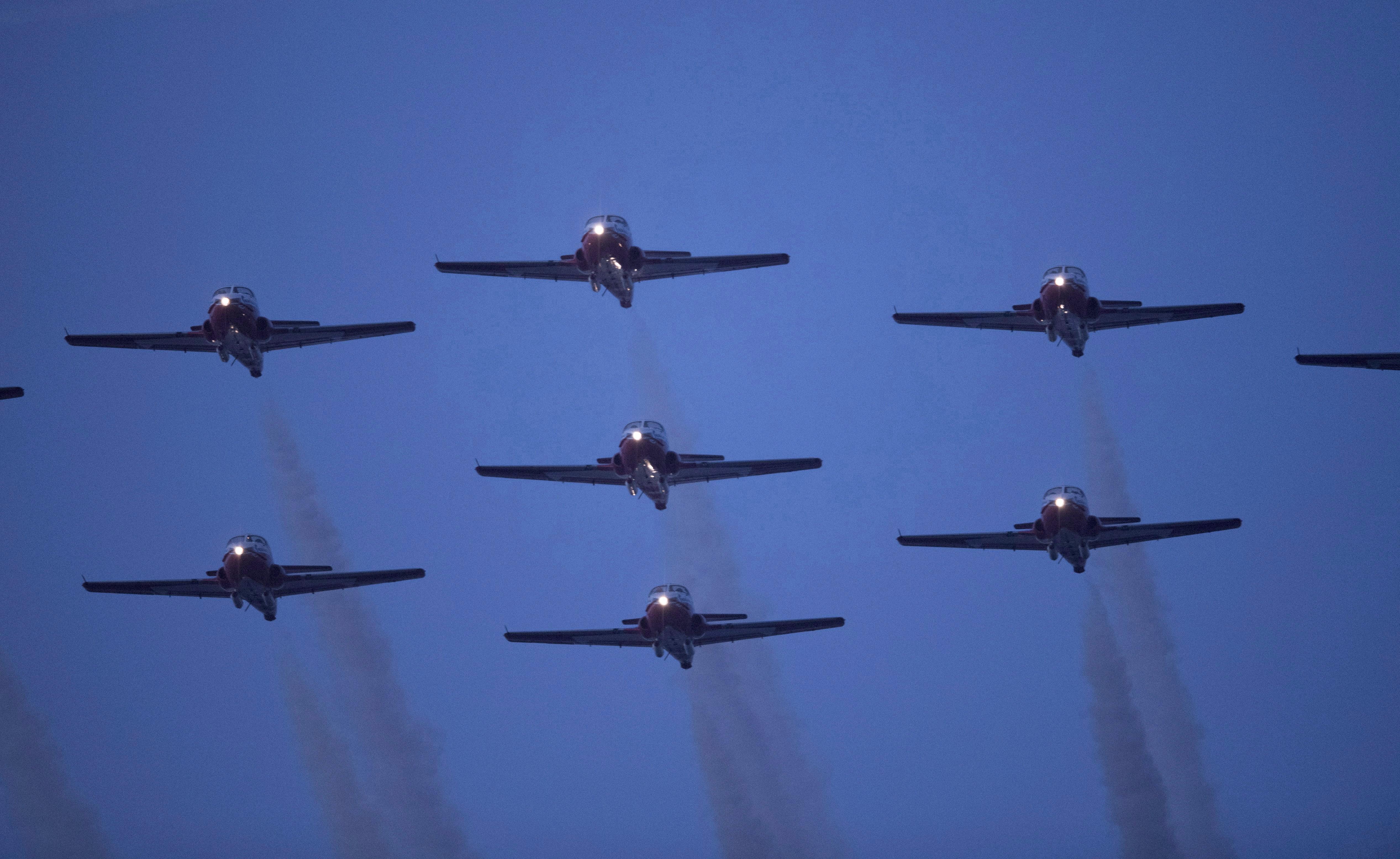 CF-18 pilot safe after plane crashes in Atlanta