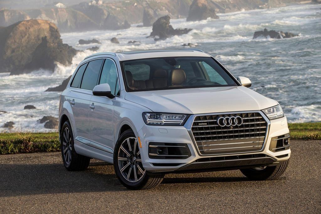 Edmunds Compares The 2019 Audi Q7 And 2020 Lincoln Aviator Citynews Toronto