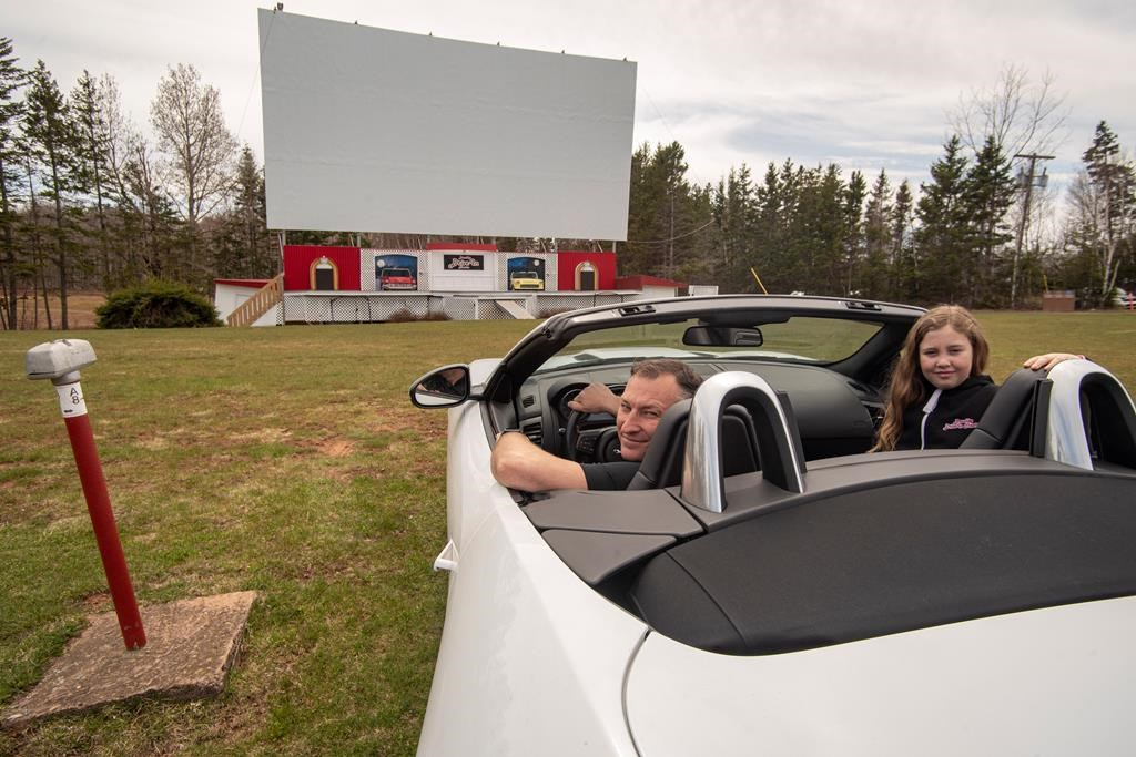Ontario says drive-in movie theatres are clear to reopen on Sunday - CityNews Toronto