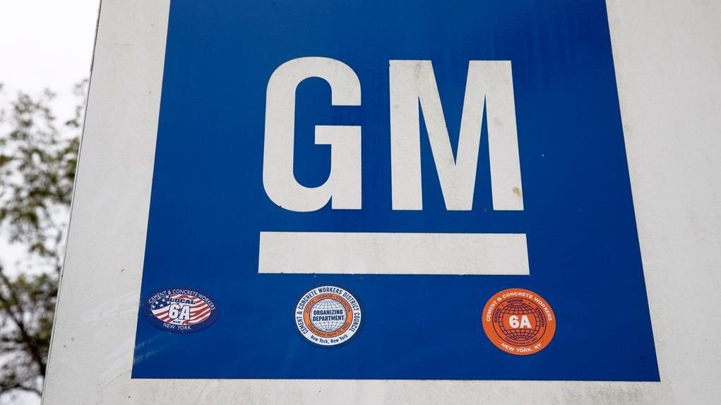 GM pickup truck production to return to Oshawa with Unifor deal