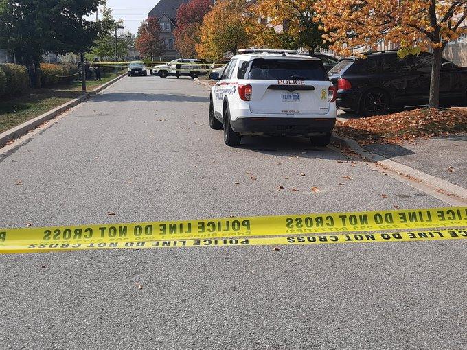1 man injured in Pickering shooting