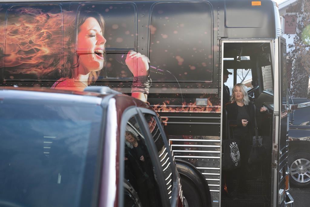 Jann Arden's messy alter-ego returns for second season of Calgary-set sitcom - CityNews Toronto