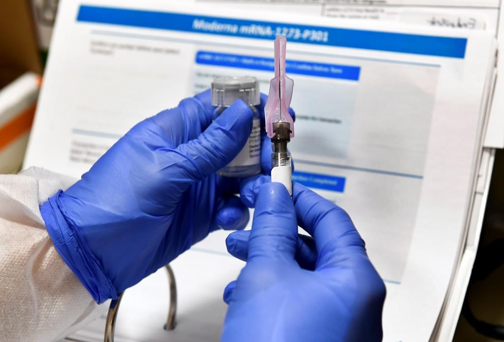 CDC advisory group votes to recommend Moderna's COVID-19 vaccine