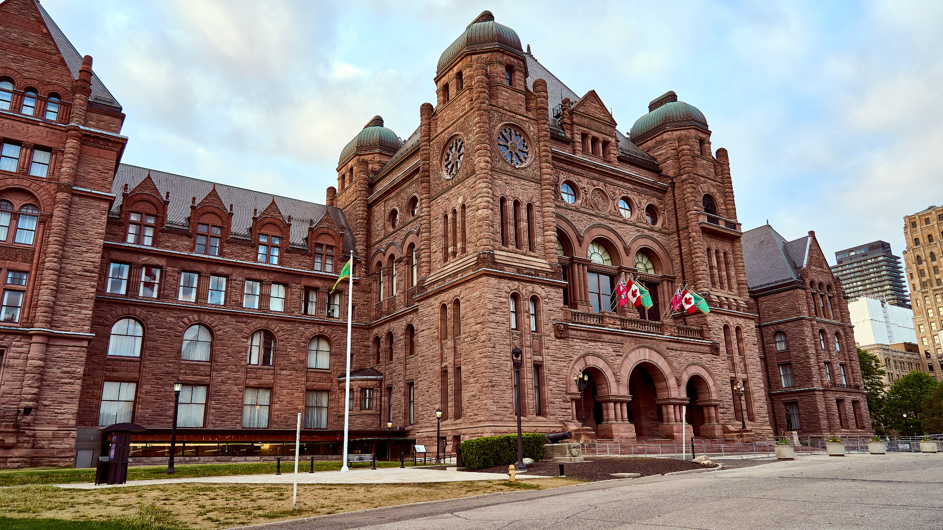 Provincial deficit less than half of what was expected in the last fiscal year – CityNews Toronto